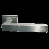 Italy Model 577 négyzetrozettás kilincsgarnitúra PZ alsórozettával