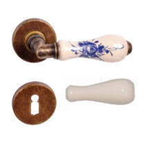Maestro Diana patinás réz fehér porcelán körrozettás kilincsgarnitúra